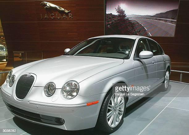 First world presentation of the Jaguar S-type 2.7 V6 Diesel, March 3, 2004 at the International Motor Show in Geneva, Switzerland. Motor...