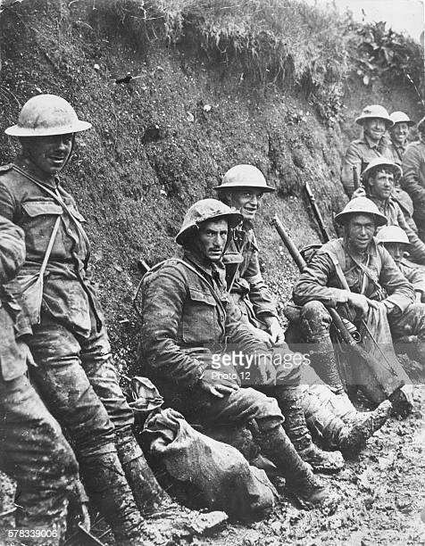 First World War 1916 English soldiers in the trenches on the Somme