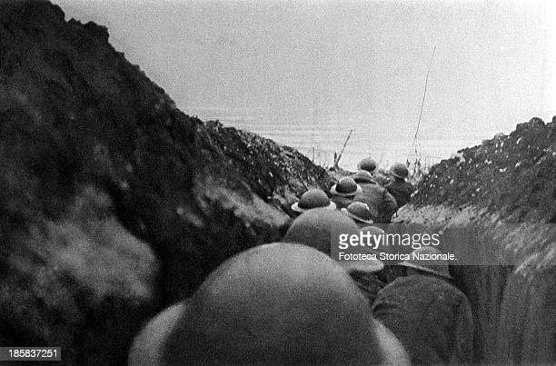 The Allied trenches in France, the soldiers of the English infantry await the signal to assault . Somme, France, 1916.