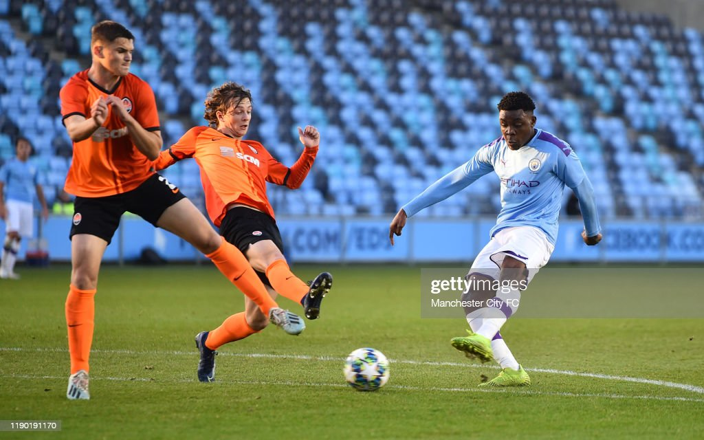 Manchester City U19 v Shakhtar Donetsk U19: Group C - UEFA Youth League : News Photo