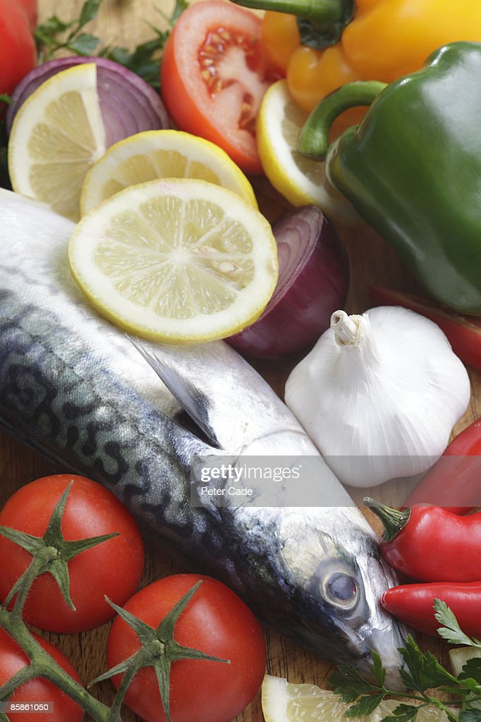 Fish and healthy food : Stock-Foto