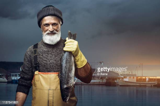 fisherman - commercial_fishing stock pictures, royalty-free photos & images