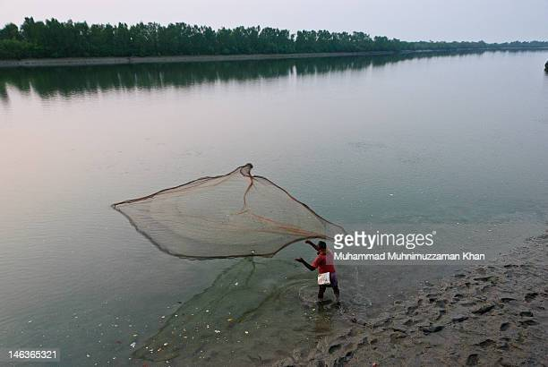 fisherman - khulna stock photos and pictures