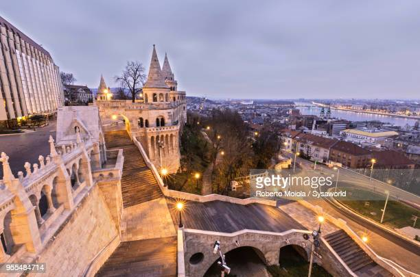 fisherman's bastion, budapest - royal palace budapest stock pictures, royalty-free photos & images