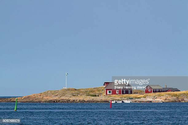 Fisherman's houses on peninsula CNEUTRV564