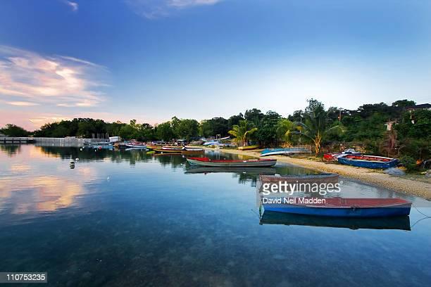 fisherman's rest - jamaica imagens e fotografias de stock