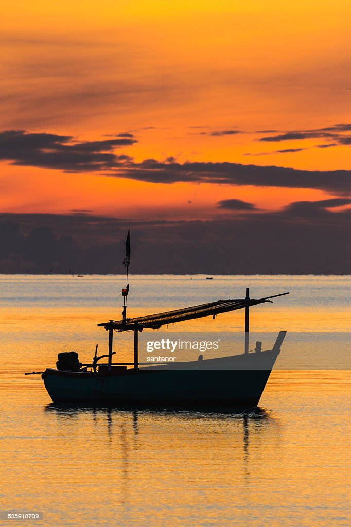 Fischerboot in den sunrise Stimmung : Stock-Foto