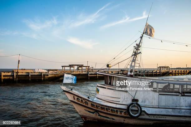 fishing boat on the amazon river - amapá state ストックフォトと画像
