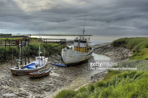 fishing boats - north lincolnshire stock pictures, royalty-free photos & images