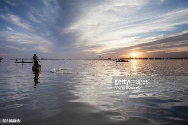 fishing on the Niger River on January 22 2010 in Mopti Mali Mopti is a town in the Inner Niger Delta region of Mali and it lies at the confluence of...