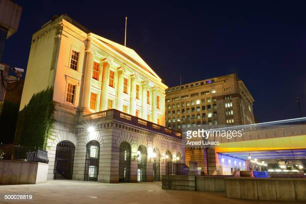 CONTENT] Fishmongers' Hall in London at the northern end of London Bridge captured at night