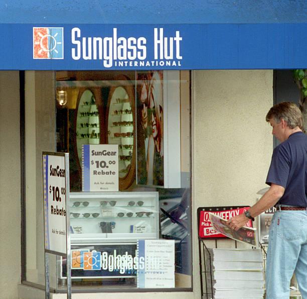 fcc9ef2632c FI.Sunglass Hut.RDL (kodak) The exterior of the Sungalss Hut ...