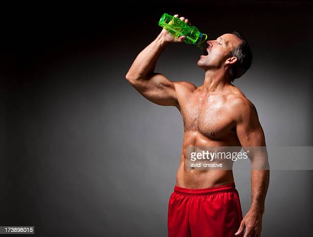 Fitness: Athlete Drinking Water