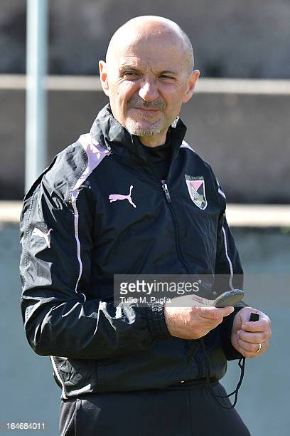 Fitness Coach Antonio Pintus of Palermo looks on during a Palermo training session at Tenente Carmelo Onorato Sports Center on March 26 2013 in...