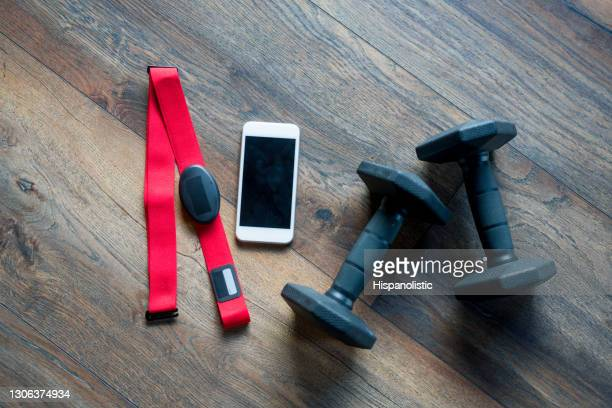 fitness equipment for a good workout - strap stock pictures, royalty-free photos & images