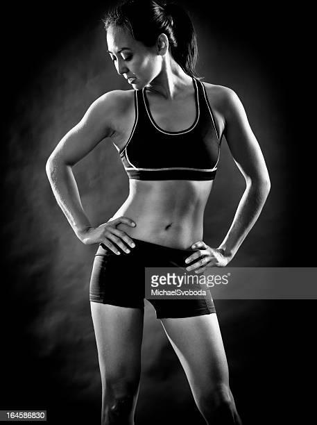 fitness mulher - silhueta de corpo feminino preto e branco imagens e fotografias de stock