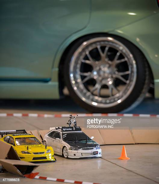 fitted weekend in toronto - remote controlled car stock pictures, royalty-free photos & images