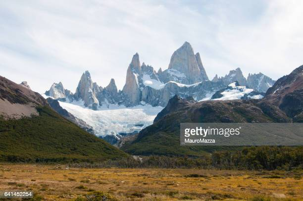 fitz roy - exploración stock pictures, royalty-free photos & images
