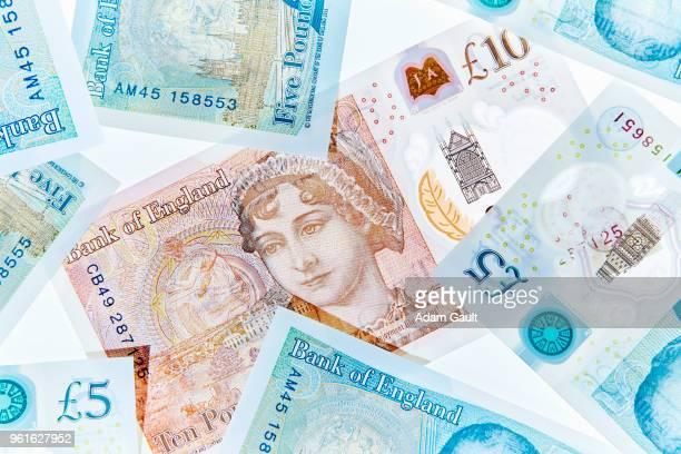 uk five and ten pound notes - nota de dez pounds - fotografias e filmes do acervo