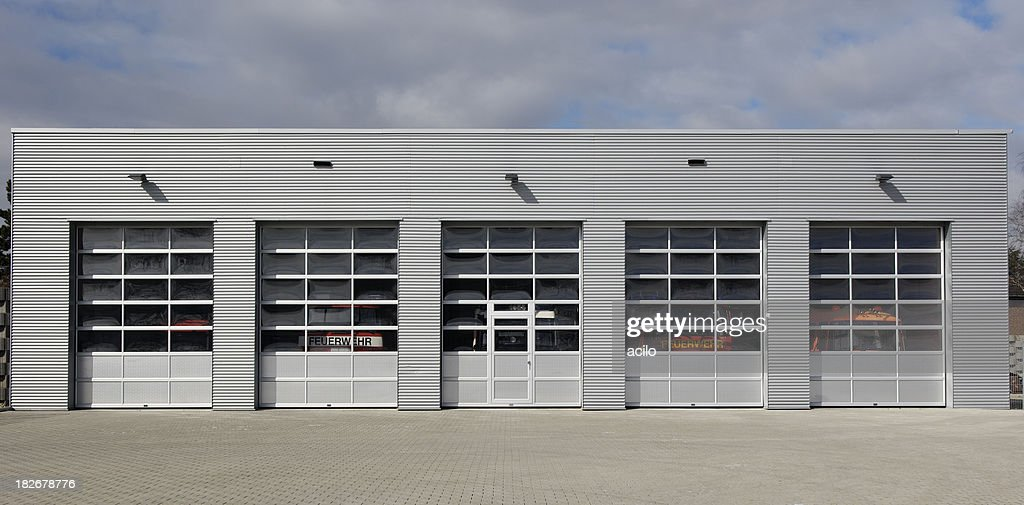 Five doors to choose  Stock Photo & Five Doors To Choose Stock Photo | Getty Images