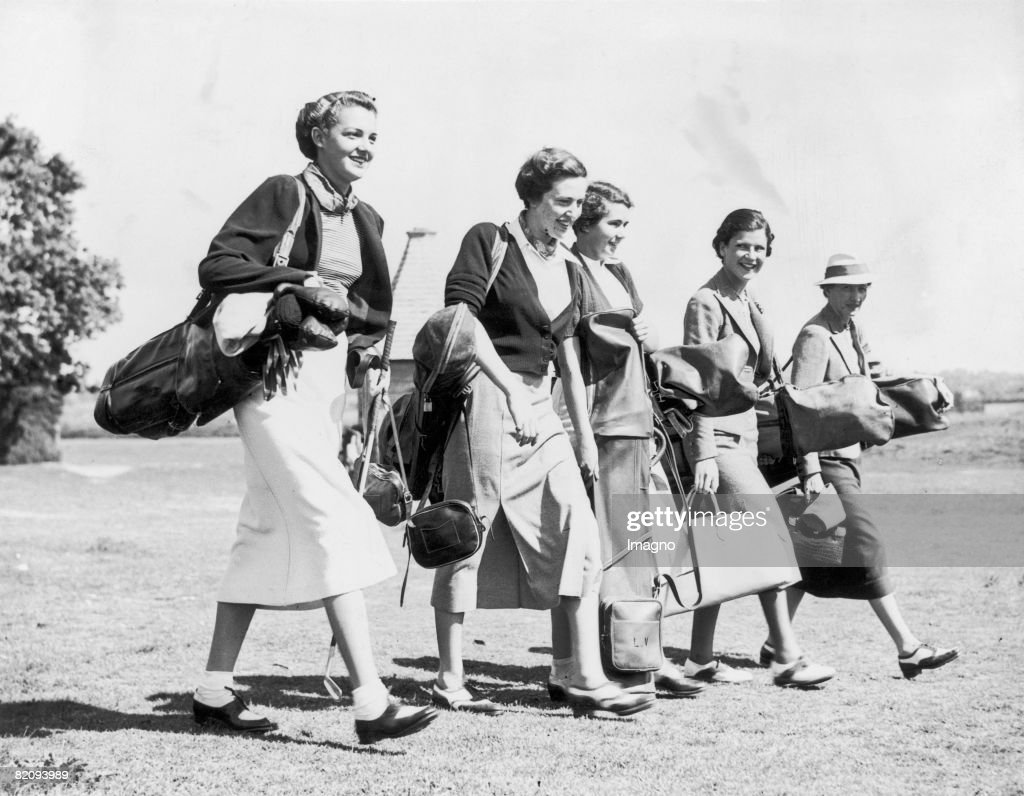 Five girls with golf equipment, Members of the French team at the golf course: F,Tollon, A, Strauss, Lally Vagliano, Y, Kapferer, Vagliano, Photograph, 26th of May, 1937, Storrington : News Photo