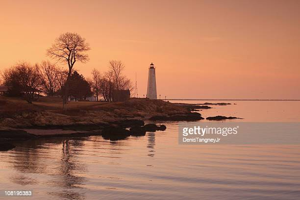 five mile lighthouse, new haven, connecticut - connecticut stock pictures, royalty-free photos & images