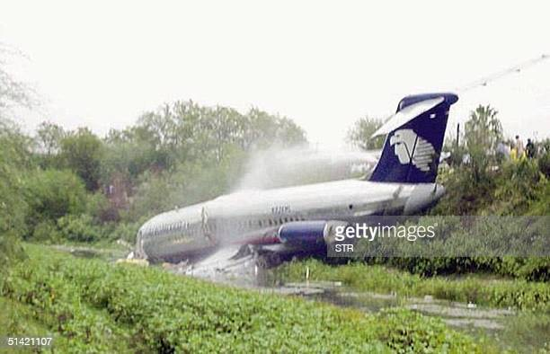 Five people died and 40 were injured 06 October 2000 as an Aeromexico airliner plane skidded off the runway in Reynosa in stormbattered northeastern...