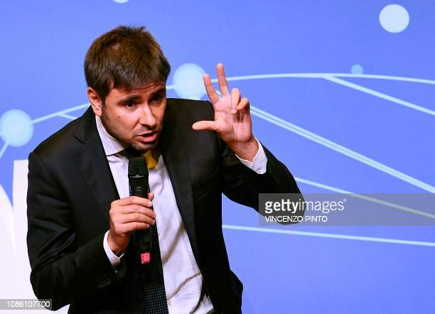 Five star Movement member Alessandro Di Battista speaks to support Italys Labor and Industry Minister and deputy PM 'citizen's income' law during a...