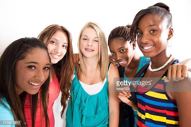 Cinq jeunes filles meilleures amies