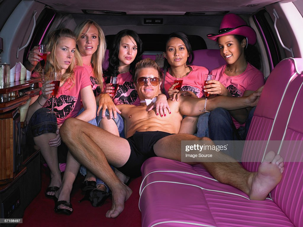 Cinq femmes et de Strip-tease en limousine : Photo