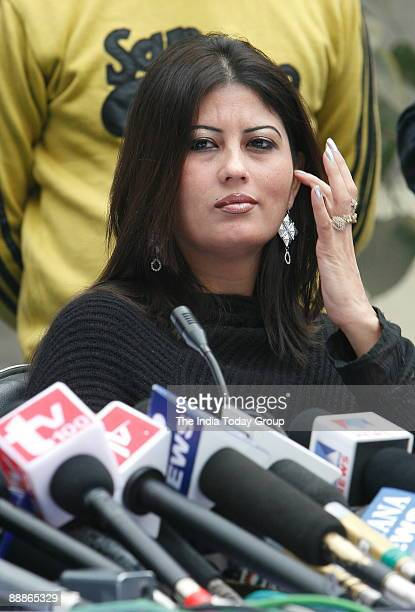 Fiza Alias Anuradha Bali wife of Chander Mohan alias Chand Mohammad former deputy Chief Minister of Haryana addressing a Press Conference in New...
