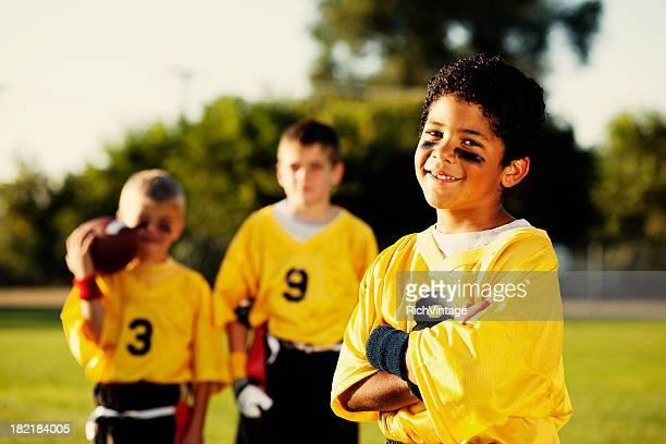 flag football player - football league stockfoto's en -beelden