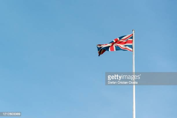 flag of great britain - corona landmarks stock pictures, royalty-free photos & images