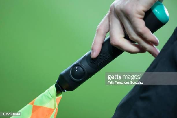 flag of soccer assistant referee signals - 線審 ストックフォトと画像
