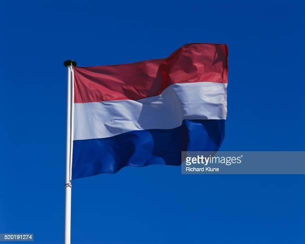 flag of the kingdom of the netherlands - nederlandse vlag stockfoto's en -beelden