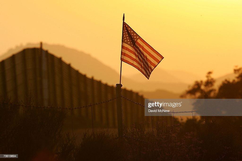 US-Mexico Border Fence Impacts Borderlands Environment : News Photo