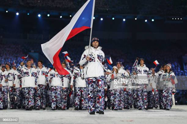 Flagbearer Jaromir Jagr of Czech Republic leads his team into the stadium during the Opening Ceremony of the 2010 Vancouver Winter Olympics at BC...