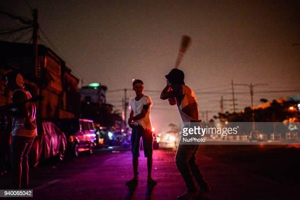 Flagellants whip their backs during Good Friday Lenten rites in Navotas, Metro Manila, Philippines, March 30, 2018. Photo: Ezra Acayan/NurPhoto