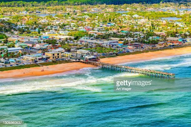 フラッグラービーチ、フロリダ州上から - 都市乱開発 ストックフォトと画像