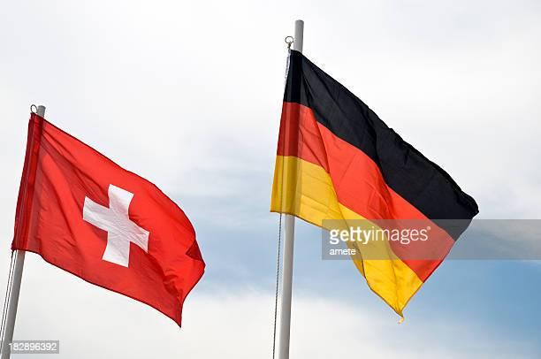 Flaggen von Deutschland und der Schweiz