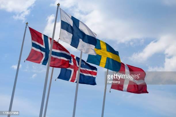 Flaggen der Länder des Nordens