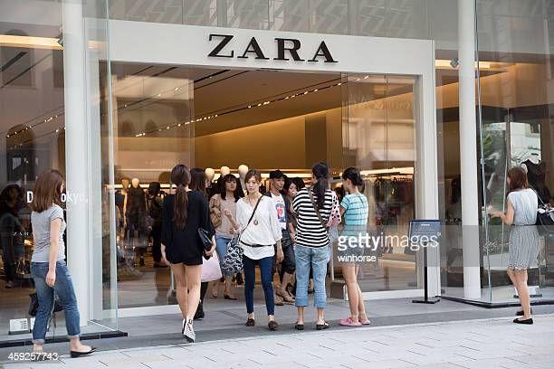 zara flagship store - zara brand name stock pictures, royalty-free photos & images