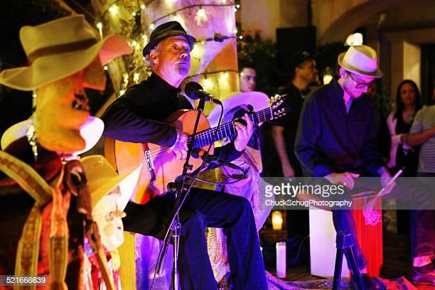 flamenco guitariste musicien recevoir - culture espagnole photos et images de collection