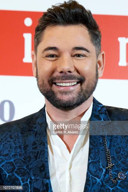 Flamenco singer Miguel Poveda attends 'Estrellas por la Ciencia' gala at the Canal Theater on November 26 2018 in Madrid Spain