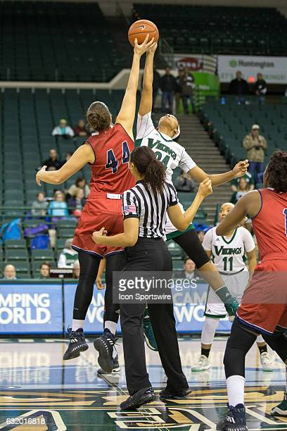Flames F/C Teodora Zagorac and Cleveland State Vikings F Shadae Bosley battle for the opening tip during the first quarter of the NCAA Women's...
