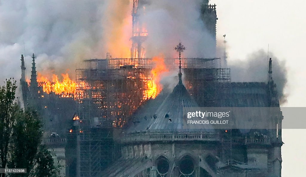 FRANCE-FIRE-NOTRE DAME : News Photo