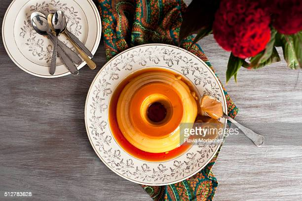 Flan with 'dulce de leche'