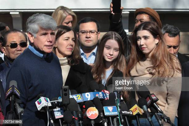 Flanked by his wife Patti and his daughters Anne and Amy former Illinois Governor Rod Blagojevich speaks during a press conference in front of his...
