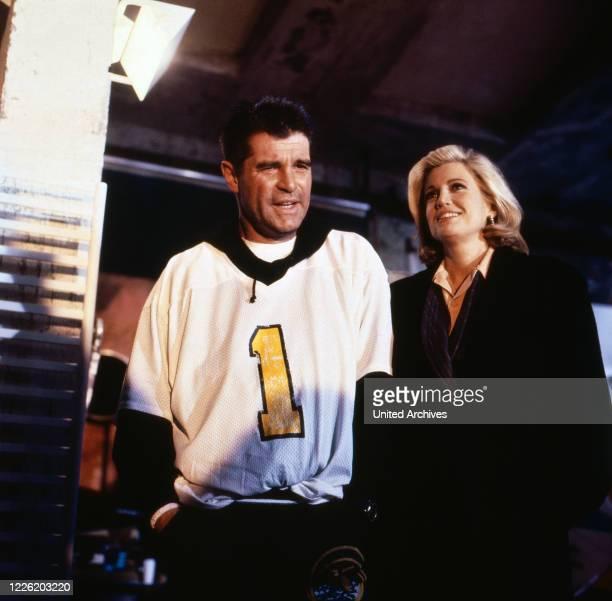 Flash Der Fotoreporter Fernsehserie Deutschland 1993 Darsteller Oliver Tobias Catherine Alric