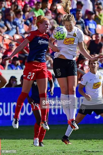 Flash midfielder Samantha Mewis and Washington Spirit midfielder Tori Huster fight for a header during the 2016 NWSL Championship soccer match...